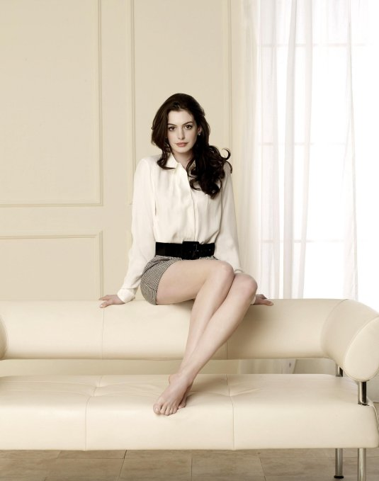 Anne Hathaway feet on BFB
