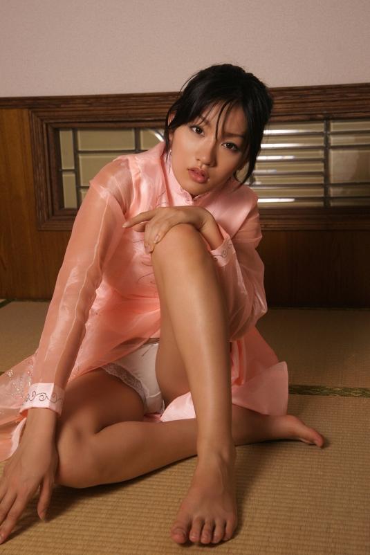 japanese Asami Tada feet toes