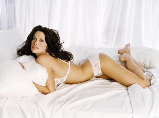 Kim Smith feet soles lingerie