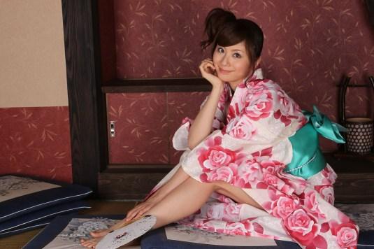 Yuma Asami feet
