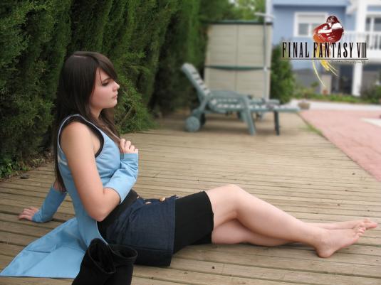 Rinoa Final Fantasy cosplay feet