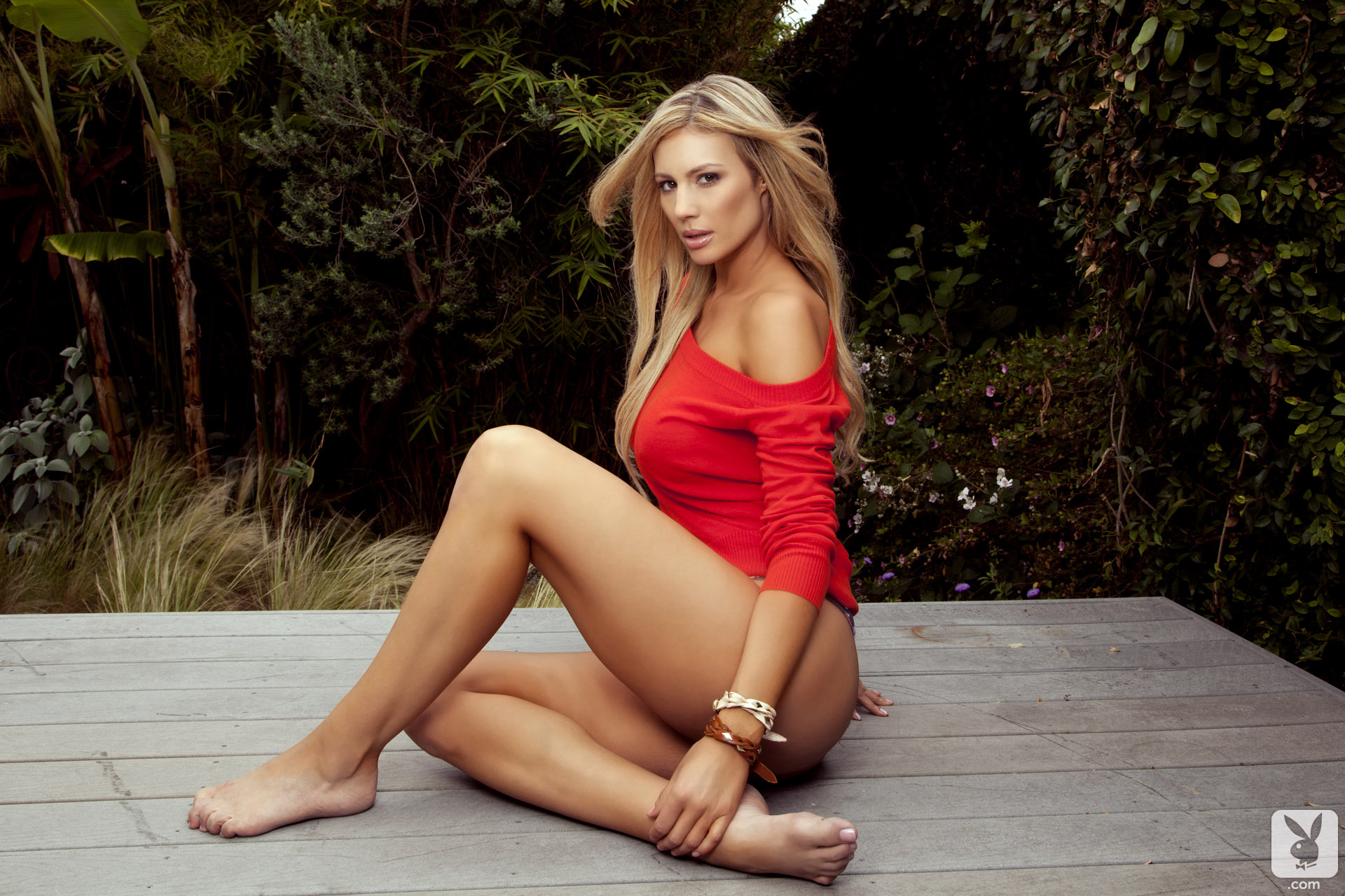 Whitney Whitekirk Barefoot Beauty