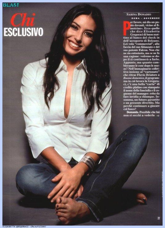 Elisabetta-Gregoraci-@ Barefoot Beauties