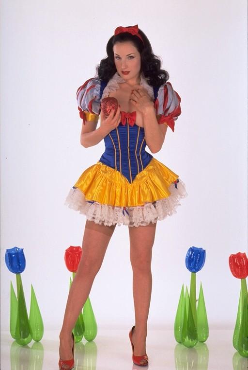 Dita von teese snow white