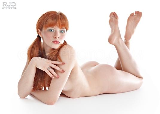 Redhead Barefoot Beauty